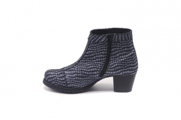 Ankle Boot model Nix, manufactured in 112 Ames VO5