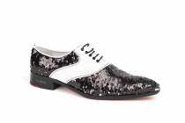 Michael model shoe, manufactured in water palette 3257 and white patent leather.