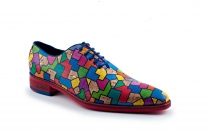 Zapato modelo Enclosed, fabricado en corcho tetris.