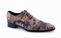 Zapato modelo Hollywood, fabricado en corcho magazine.