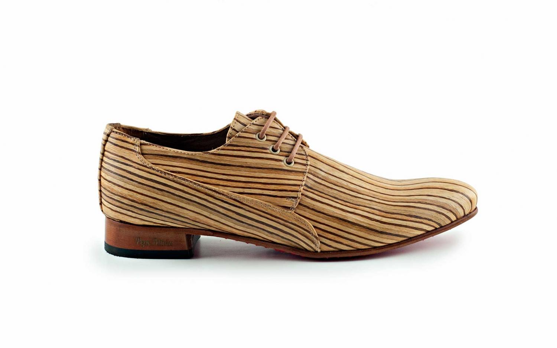 Boho model shoe, made of bamboo wood.