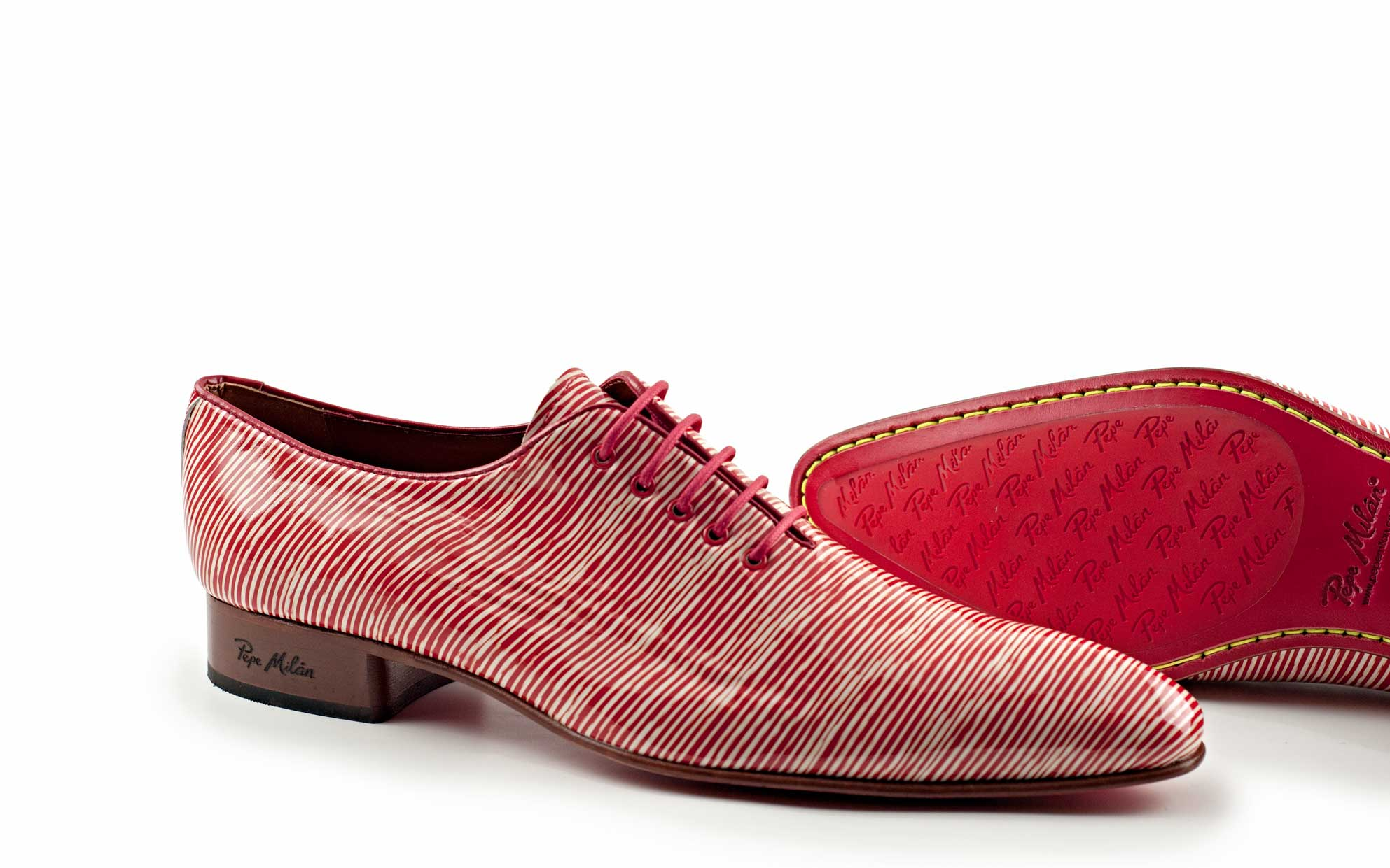 model shoe made of patent leather